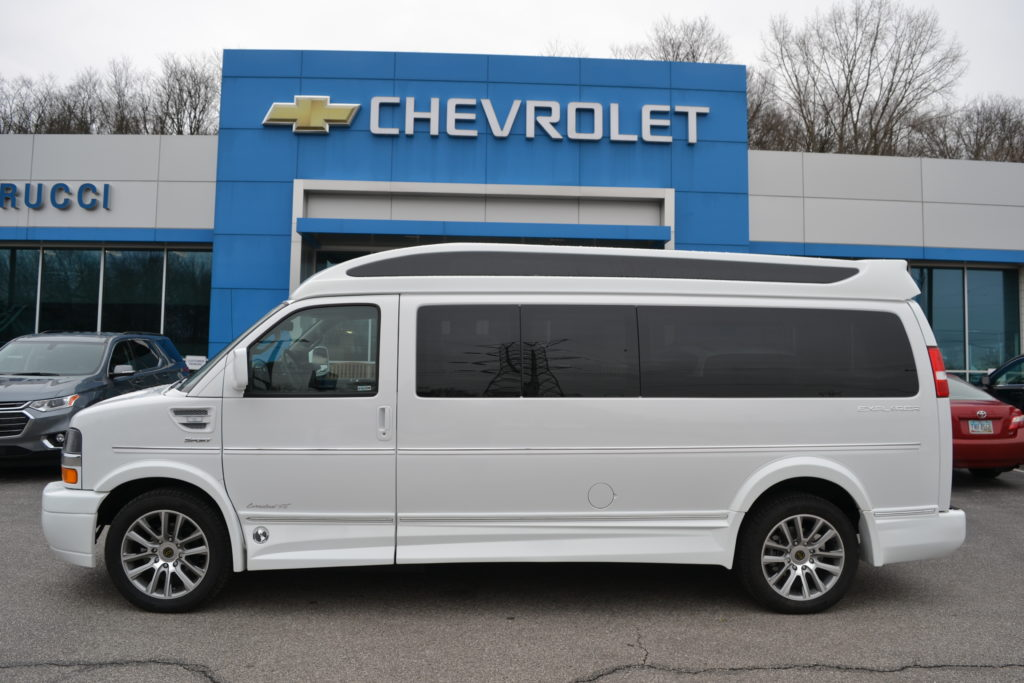 2020 Chevy Express 11 Passenger - Explorer Limited X-SE VC 1GAZGNFP6L1225289 Mike Castrucci Conversion Van Land
