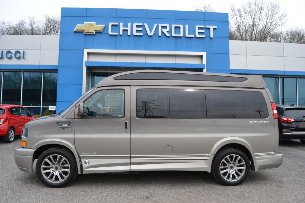 2021 Chevy Express 2500 Explorer Limited X-SE VC 1GCWGAF73M1178940 Mike Castrucci Conversion Van Land