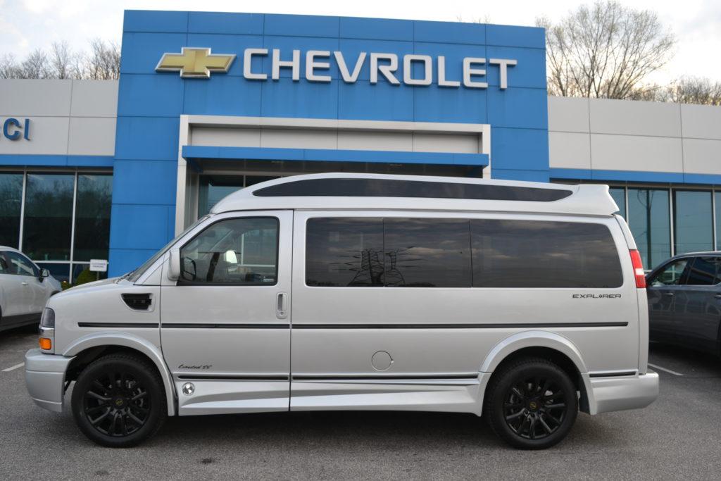 2021 Chevy Express 2500 - Explorer Limited X-SE VC 1GCWGAF72M1249108 Mike Castrucci Conversion Van Land