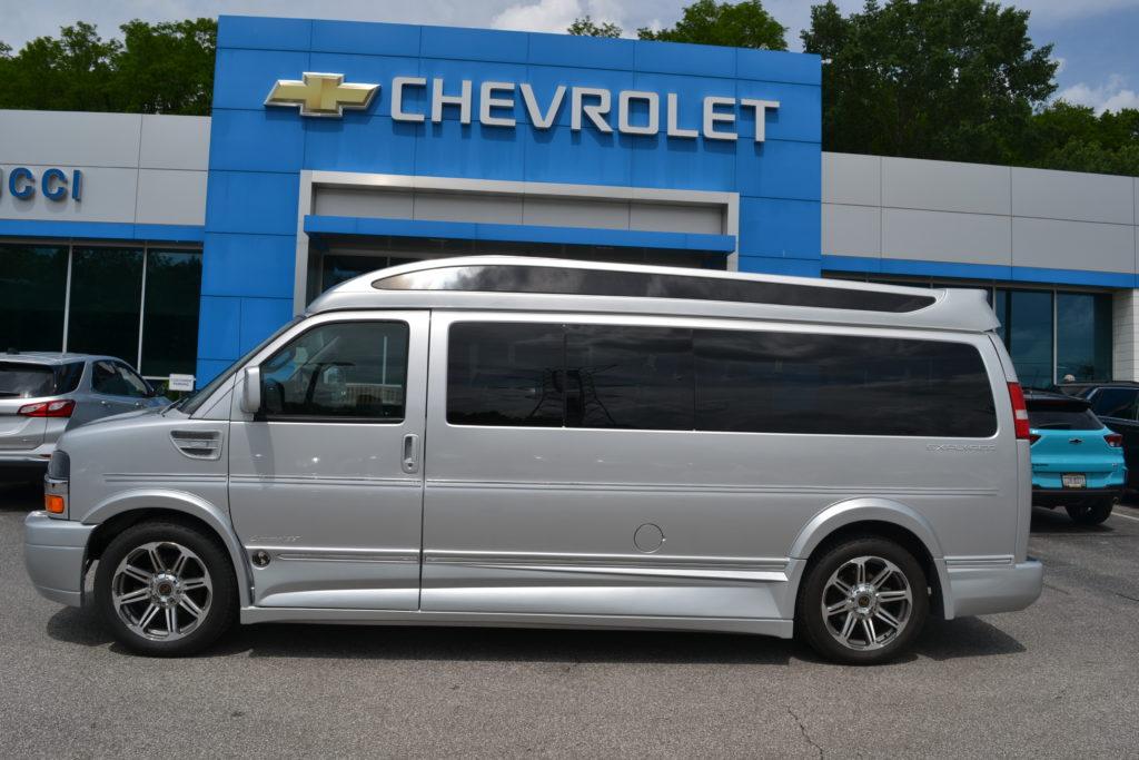 2017 Chevy Express 9 Passenger Explorer Limited X-SE 1GCWGBFG5H1121229 Mike Castrucci Conversion Van Land