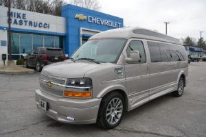 2020 Chevy Express 4x4 9 Passenger Explorer Limited X-SE VC Sport 1GCWGBFG4L1262205 Mike Castrucci Conversion Van Land