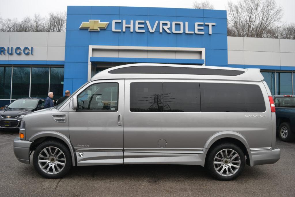 1GCWGAFG8L1151408 2020 Explorer Hi top Van