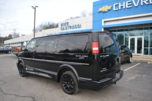 1GCWGAFG3K1357850 4X4 Conversion Van