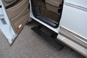 Power Retractable Running boards offer a Large and Comfortable step for an Easy transition into a very Comfortable Seat. Enjoy the Ride. 2021 Explorer Van Company