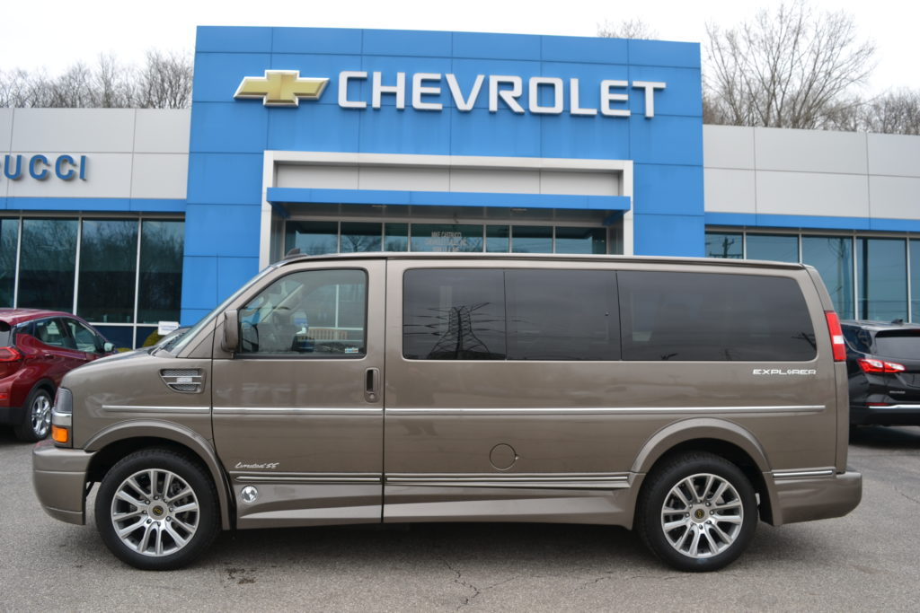 2021 Chevy Express 2500 Explorer Limited X-SE 1GCWGAF7XM1178174 Mike Castrucci Conversion Van Land