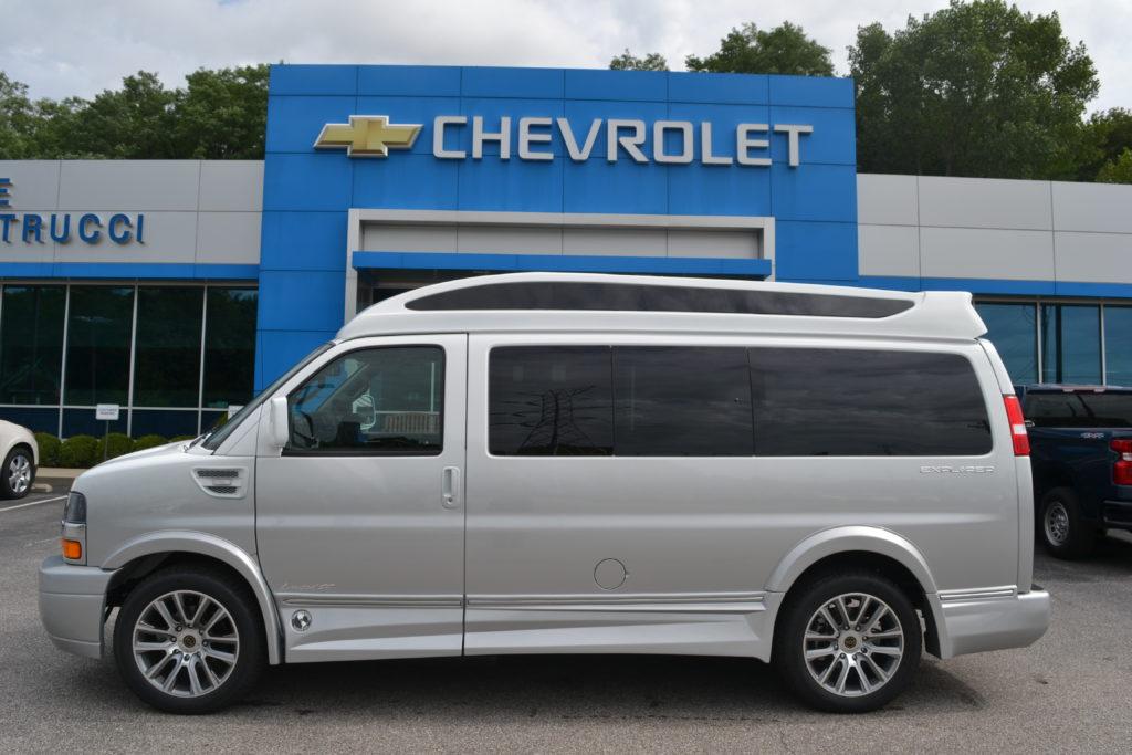 2020 Chevy Express 2500 Explorer Limited X-SE VC 1GCWGAFG2L1257384 Mike Castrucci Conversion Van Land