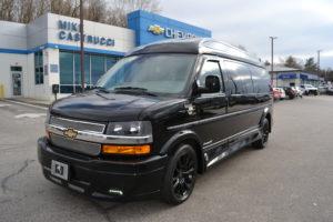 2019 Chevy Express 4X4 9 Passenger Explorer Limited X-SE 1GCWGBFG4K1212130 Mike Castrucci Conversion Van Land (2)