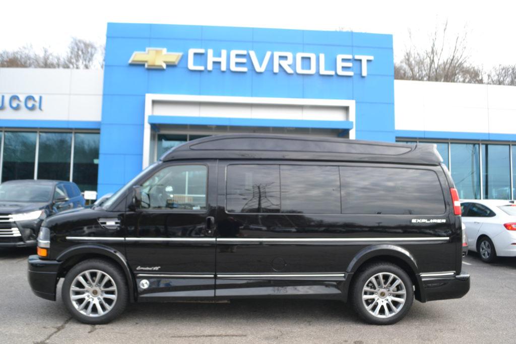 1GCWGAFGP4K1362331 Explorer Van