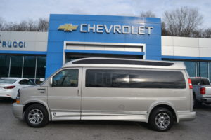 1GCWGBFG9J1326574 Mike Castrucci Chevrolet Conversion Van Land 1099 Lila Ave Milford OH 45150