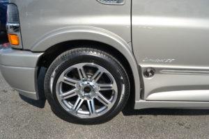 2018 Explorer Van Company 20 in. GM Wheel with Pirelli Scorpion Tire