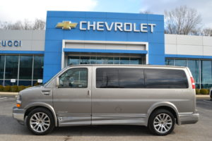 2019 Explorer Van 1GCWGAFG0K1178178
