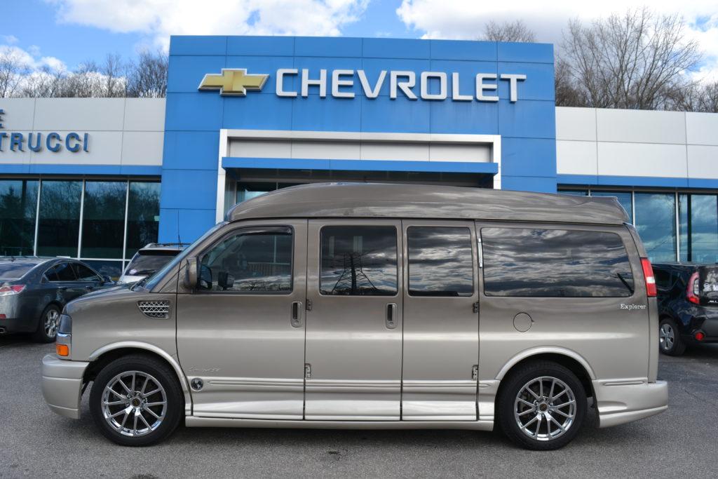 2014 Explorer Van