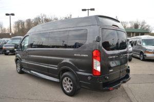 Explorer Van Ford Transit 9 Passenger