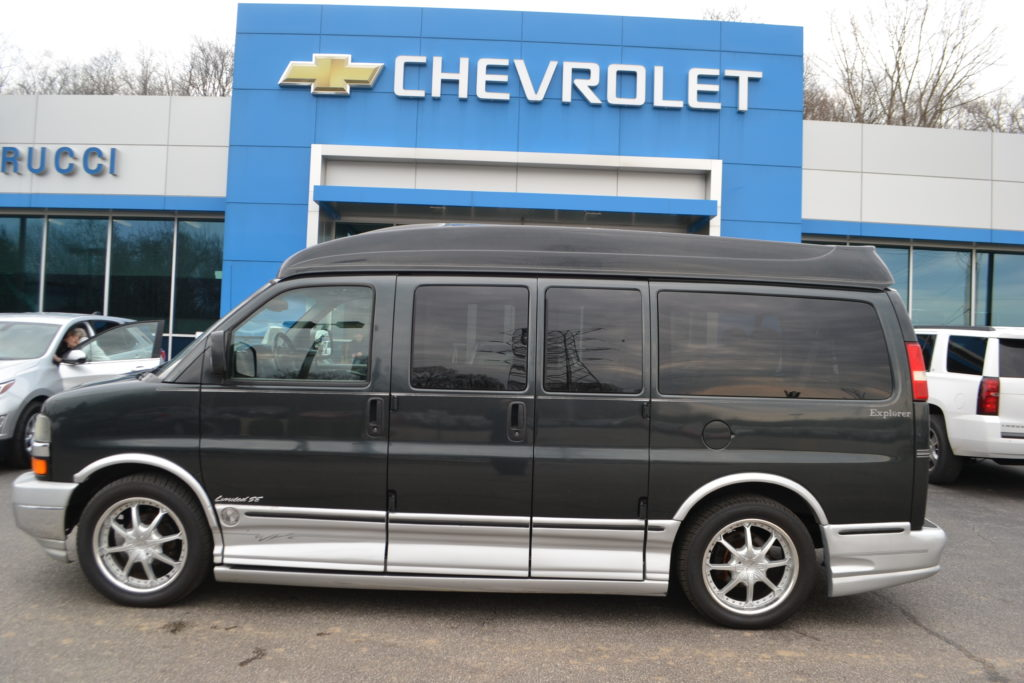2003 Chevrolet Express Explorer Limited X-SE