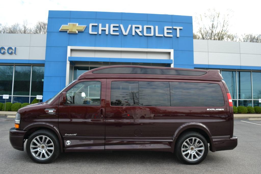 1GCWGAFG3L1166544 Explorer Van