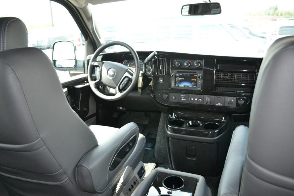 2018 Chevy Express 9 Passenger - Explorer Limited X-SE VC ...