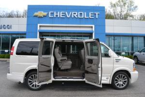 2020 Chevrolet Express Explorer Limited X-SE low Top Conversion Van Land 1GCWGAFG9L1178827