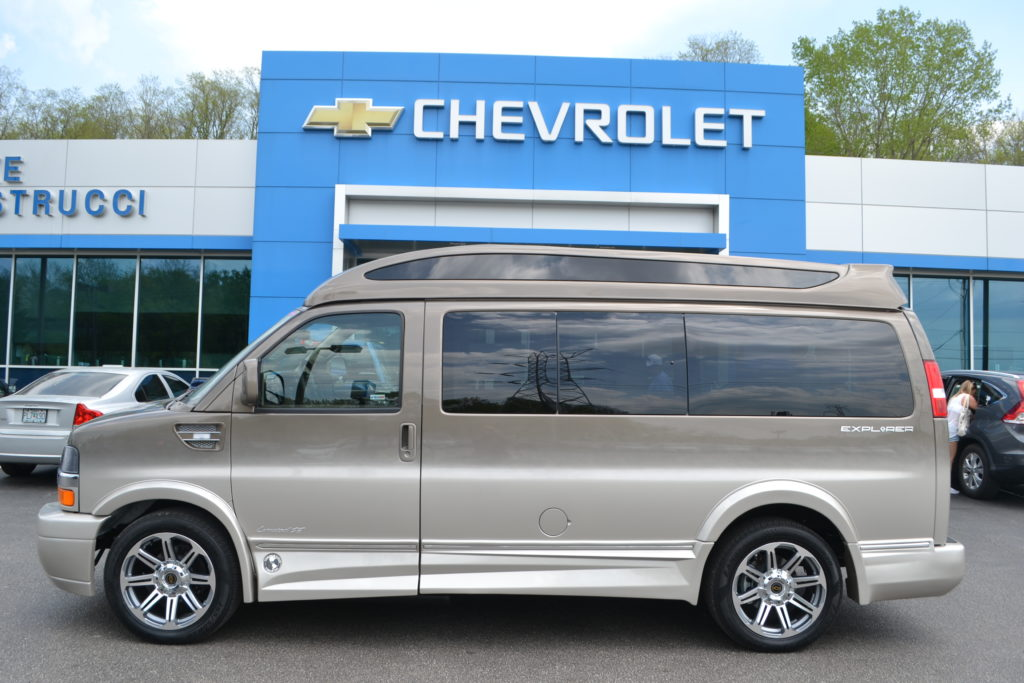 2018 Chevrolet Express Explorer Limited X-SE Brownstone Metallic Fade J1165985 Mike Castrucci Conversion Van Land