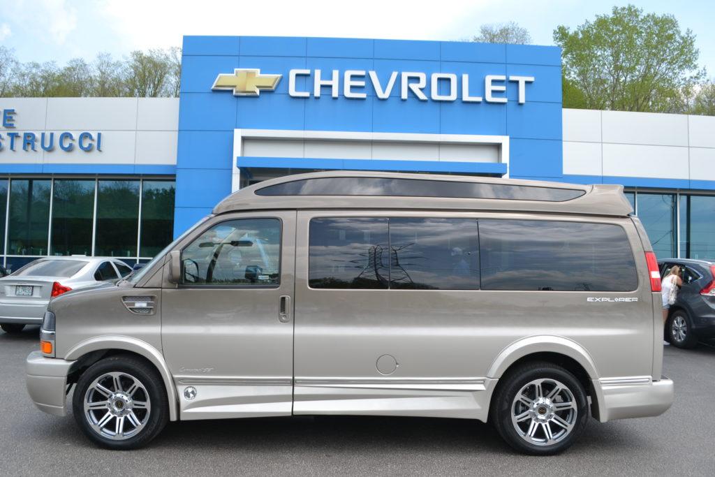2018 Chevrolet Express Explorer Limited X-SE Brownstone Metallic Fade J1165985 Mike Castrucci Conversion Van Land