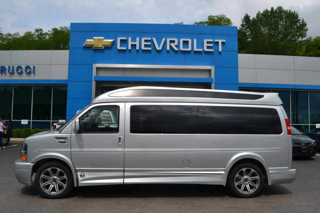 2018 Chevrolet Express 9 Passenger Explorer Conversion Van Limited X-SE J1273630 Silver Ice Metallic Mike Castrucci Conversion Van Land