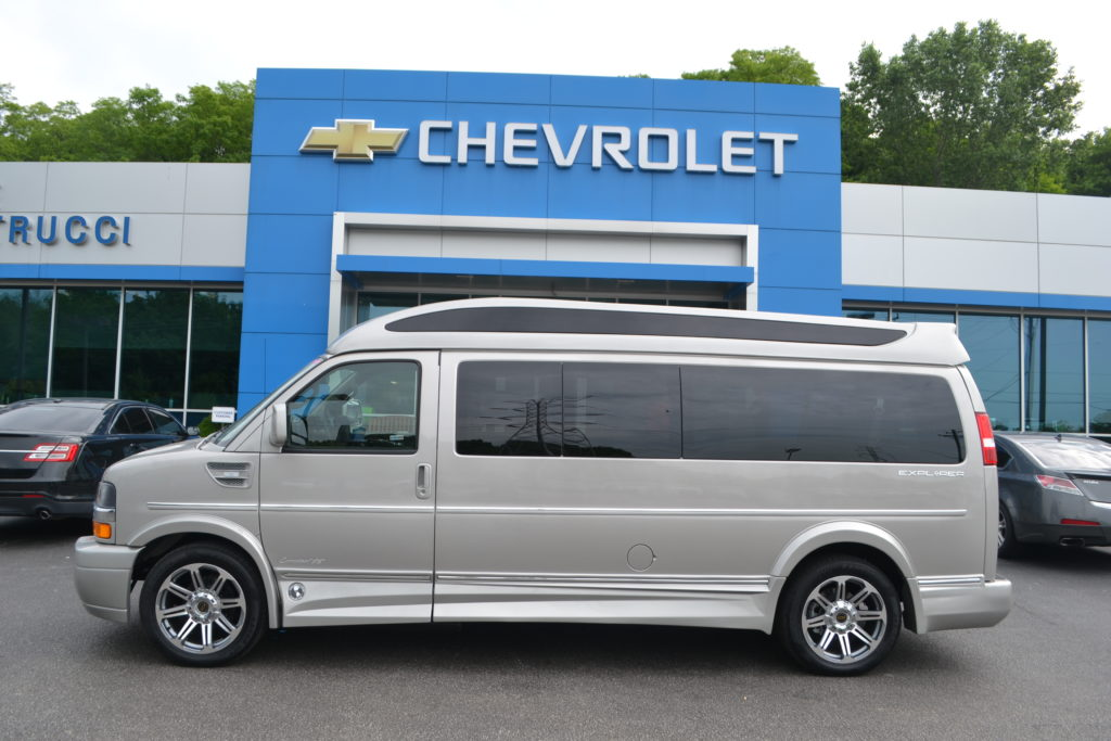 2018 Chevrolet Express 9 Passenger Explorer Conversion Van Limited X-SE J1251304 Silver Birch Metallic Mike Castrucci Conversion Van Land