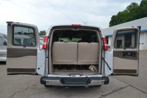 15 Passenger 4 Wheel Drive Van