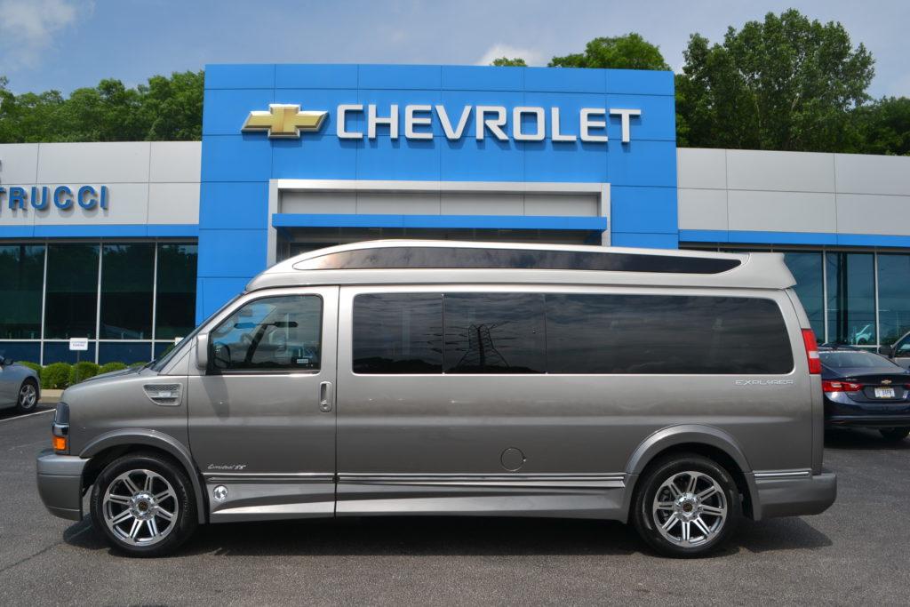 2018 Chevrolet Express 9 Passenger Explorer Conversion Van Limited X-SE J1271651 Silver Birch Fade Mike Castrucci Conversion Van Land