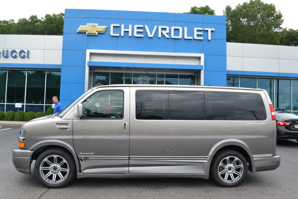 2018 Chevrolet Express Explorer Limited X-SE Silver Birch Fade J1271520 Mike Castrucci Chevrolet Conversion Van Land