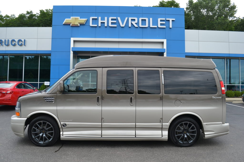 2014 Chevrolet Express Explorer Limited X-SE Brownstone Metallic Fade E1153832 Mike Castrucci Chevrolet Conversion Van Land
