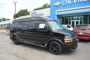 4X4 9 Passenger Explorer Conversion Van Mike Castrucci Chevrolet Conversion Van Land