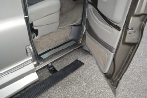 Power Retractable Running boards offer a Large and Comfortable step for an Easy transition into a very Comfortable Seat. Enjoy the Ride.