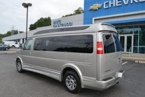 Mike CAstrucci Chevrolet 4x4 9 Passenger Van