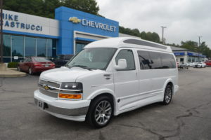 1GCWGAFG6K1328651 Explorer Van
