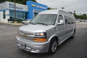 4X4 9 Passenger vans for sale