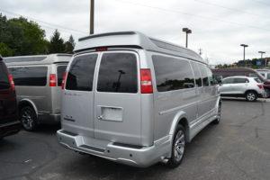 Explorer Van Mike Castrucci Chevrolet