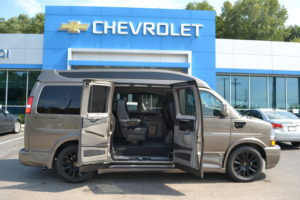 Mike Castrucci Chevrolet Conversion Van Land 1099 Lila Ave Milford OH 45150