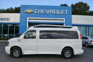 4X4 Explorer Van