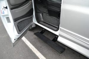 Power Retractable Running Board Explorer Van