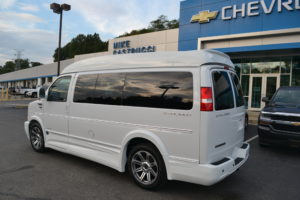 1GCWGAFG4J1337895 Mike Castrucci Chevrolet