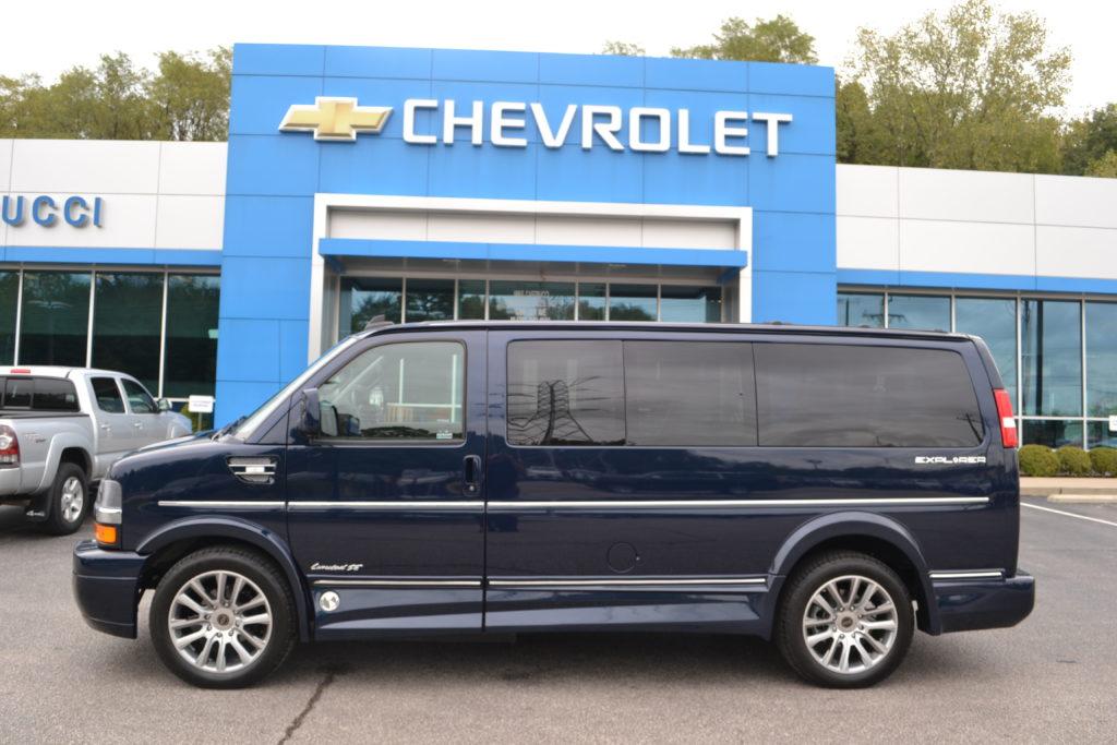 1GCWGAFG4K1345139 Explorer Van