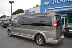 9 Passenger Explorer Van