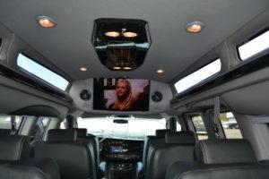 9 passenger awd van