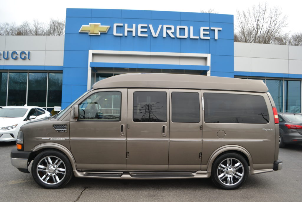 2011 Explorer Hi-Top Van Bronzemist Metallic