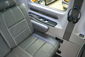 Explorer Van Ford Interior