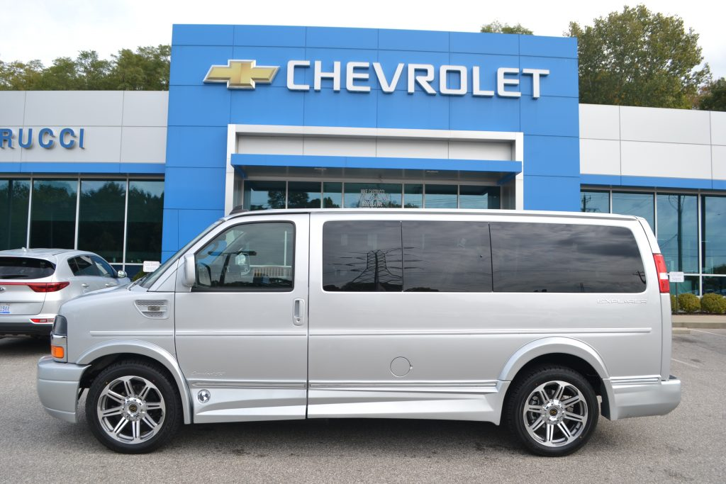 2017 Chevrolet Express, Explorer Limited X-SE Silver Ice Metallic  Low-top Conversion Van Land