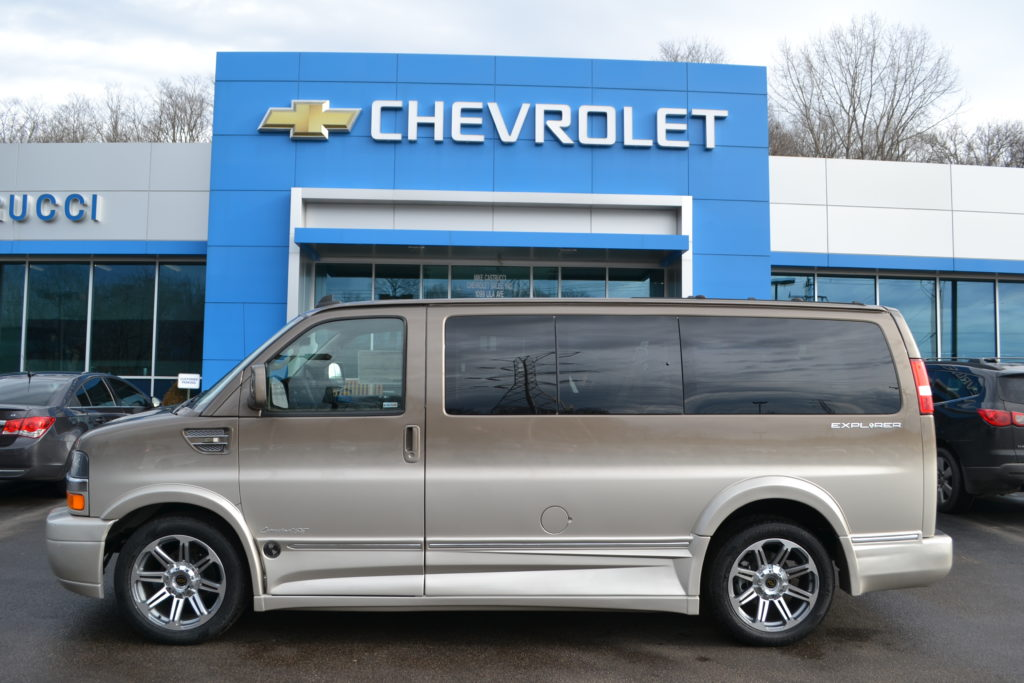 2017 Chevrolet Express Explorer Limited X-SE Brownstone Metallic Fade H1264728 Mike Castrucci Chevrolet Conversion Van Land