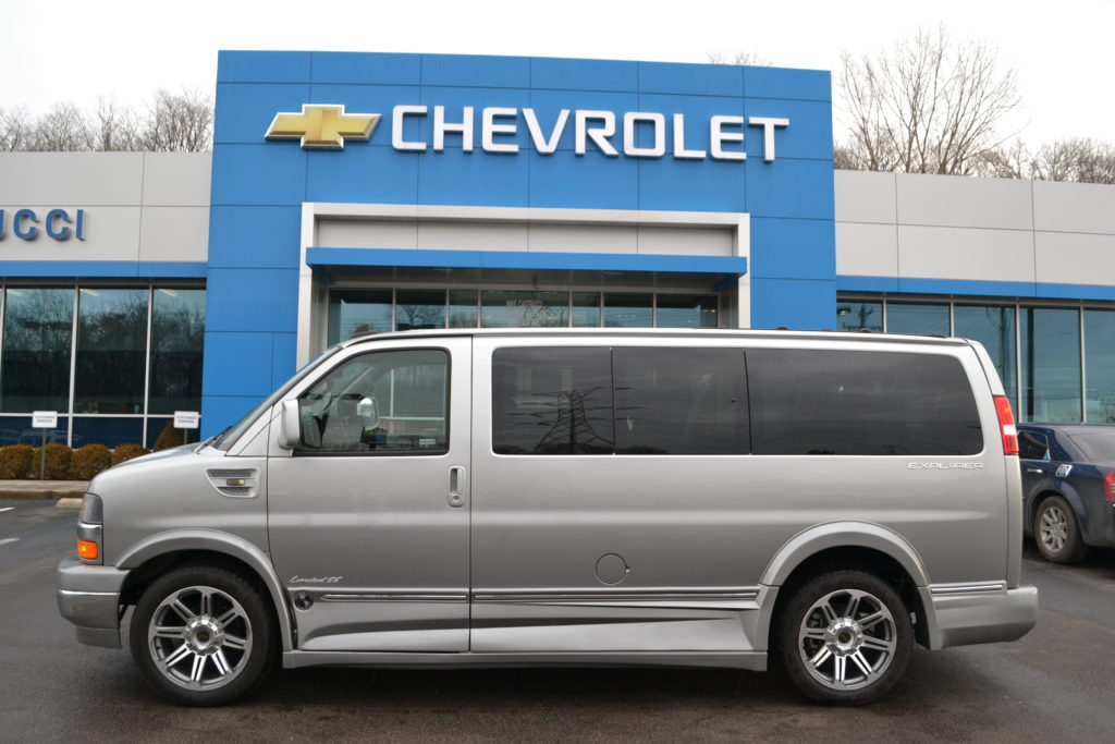 2017 Chevrolet Express Explorer Limited X-SE Silver Ice Metallic Fade H1271687 Mike Castrucci Chevrolet Conversion Van Land