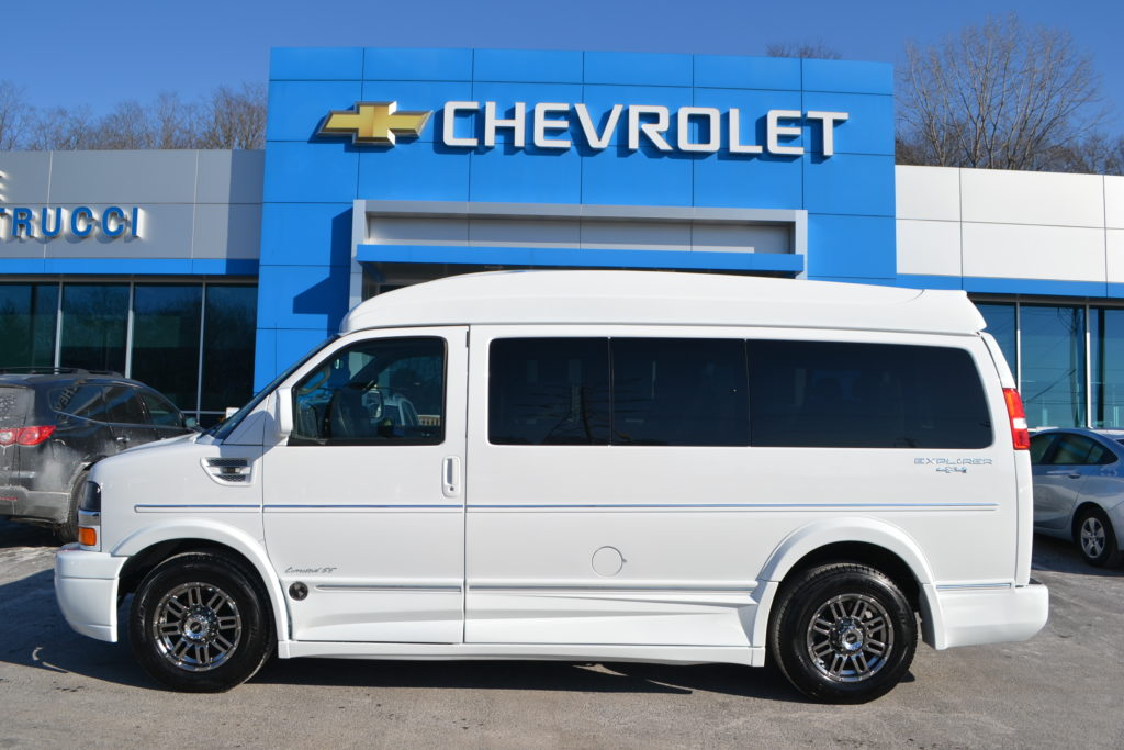 2017 4X4 Chevrolet Express Explorer Limited X-SE White H1301561 Mike Castrucci Chevrolet Conversion Van Land