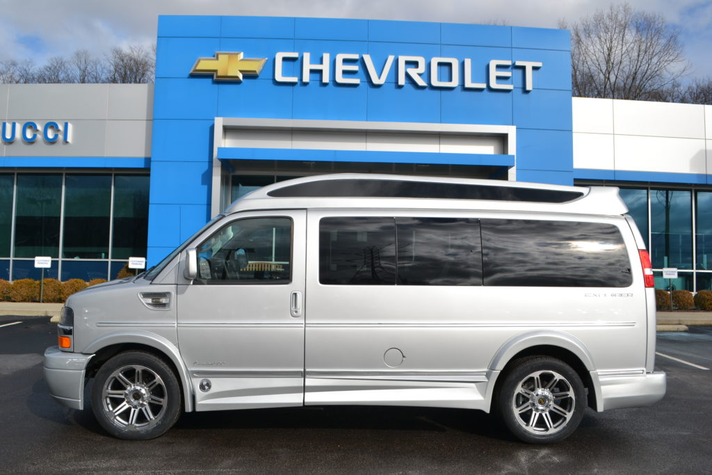 2017 Chevrolet Express Explorer limited X-SE Silver Ice metallic H11335611 Mike Castrucci Chevrolet Conversion Van Land