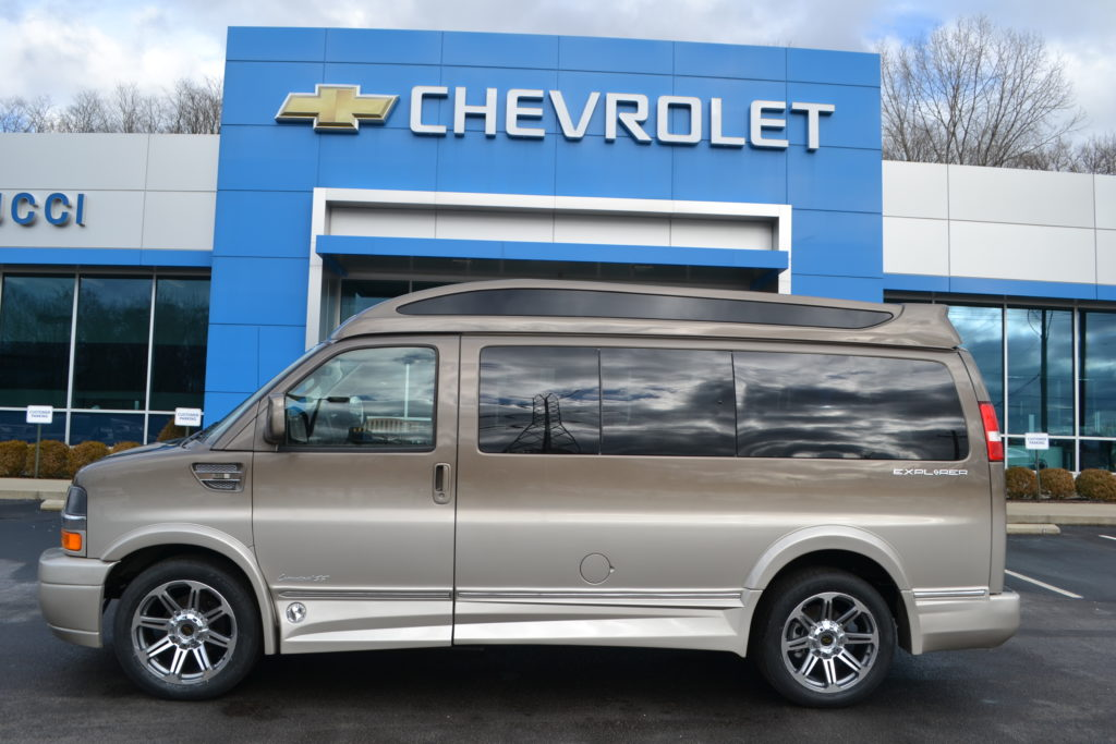 2017 Chevrolet Express Explorer Limited X-SE Brownstone Metallic Fade H1271152 Mike Castrucci Chevrolet Conversion Van Land